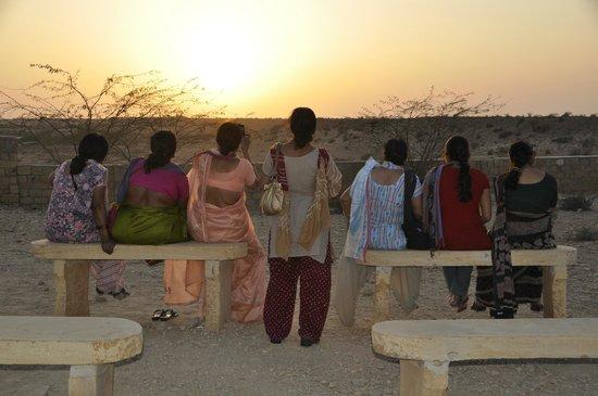 Vyas Chhatri : contemplare il tramonto