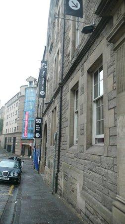 Safestay Edinburgh : Entrada