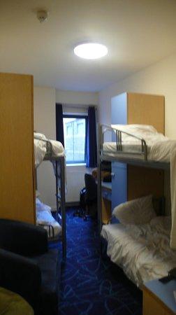 Safestay Edinburgh : Habitacoón