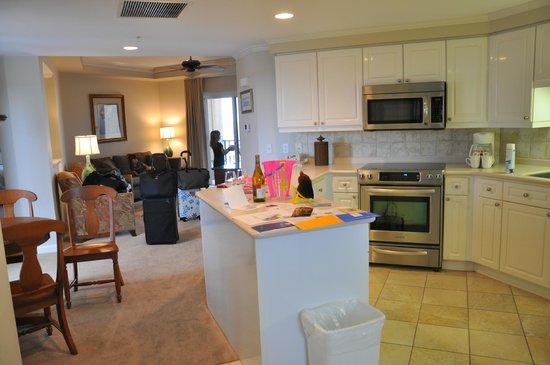 Sandestin Golf and Beach Resort: Kitchen - Westwinds Tower