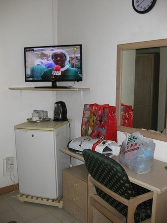 SSNIT Guest House : tv