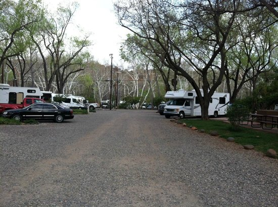 Rancho Sedona RV Park: main drive area
