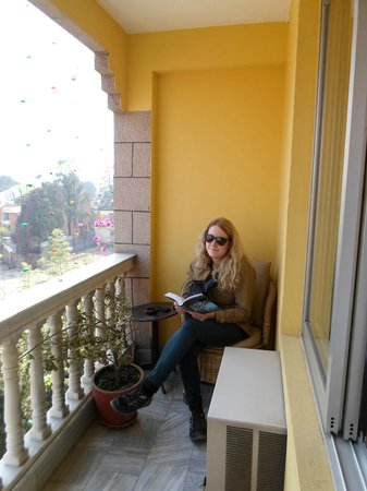 Hotel Tibet: Room balcony