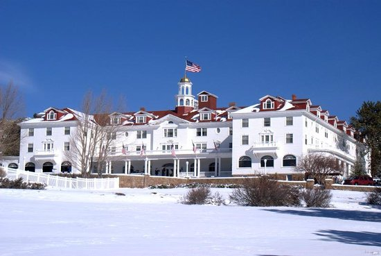 Stanley Hotel: front of hotel