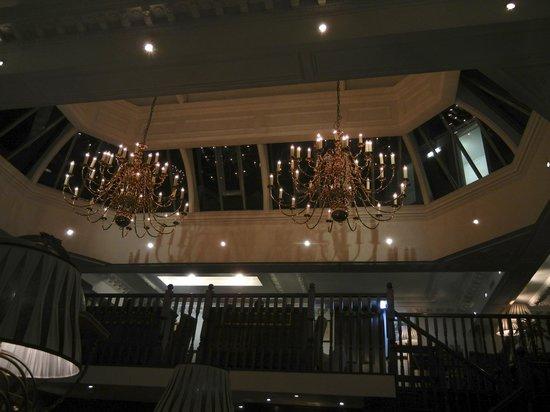 Hotel 41: Lights