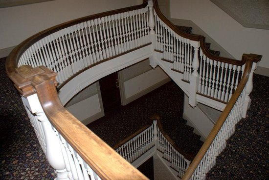 Stanley Hotel : staircase on second floor