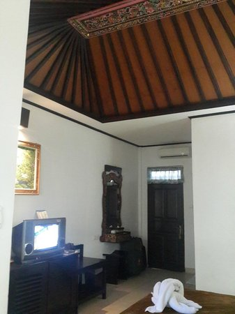 Satriya Cottages : Nosso quarto
