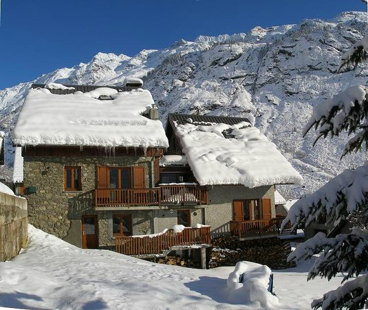 Chalet Rostaing : View from the garden in winter