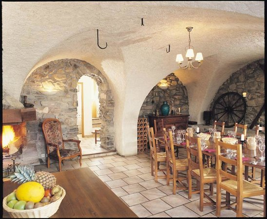 Chalet Rostaing : Authentic dining room