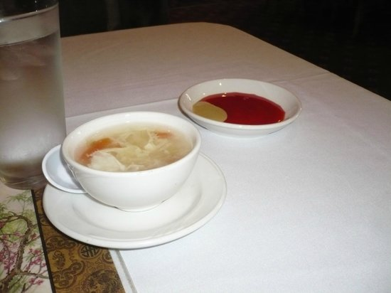 Chin's Seafood & Grill: Soup and some sauce