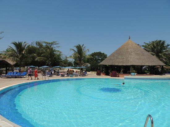 Kairaba Beach Hotel: Pool