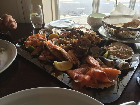 Chapman's Seafood Bar & Brasserie: Lunchtime platter