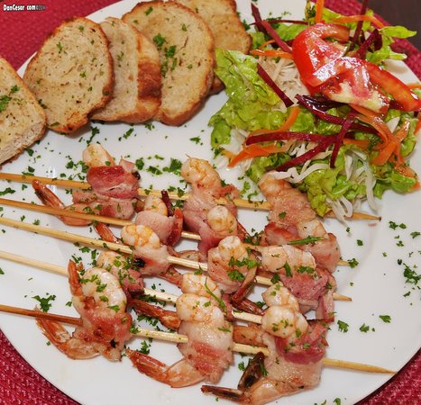 El Bocadito Tapas Restaurante Bar : Bacon Wrapped Chicken