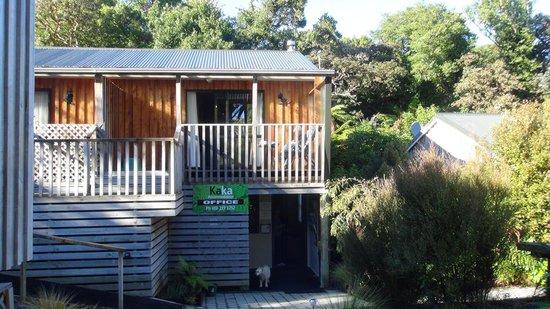 Kaka Retreat Motel - Stewart Island : Our deck
