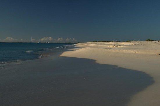 17-Mile Beach: 17 mile beach