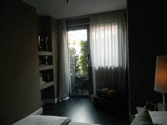 The Yard Hotel: room
