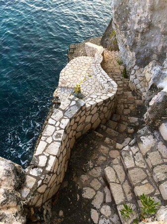 Villas Sur Mer : to the reef