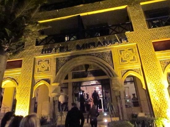 Hotel Miramar: Moorish style facade at night