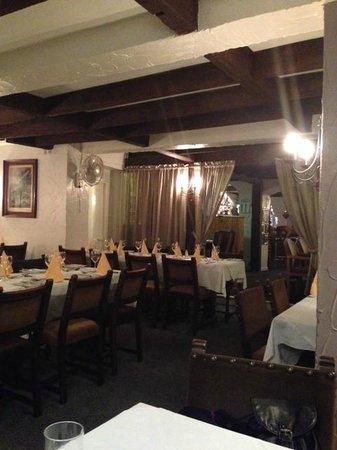 Curro's Restaurant: Inside resaturant