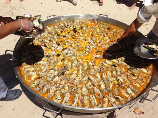Iberostar Costa Dorada : Sea food on the beach