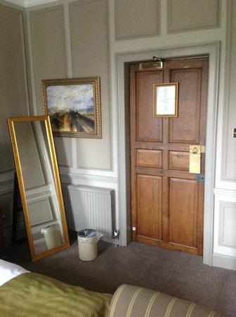 Rothley Court: Room