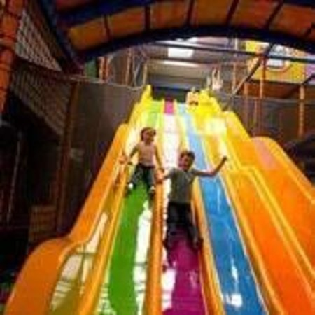 Winnersh, UK: Kids'n'Action's wave slides are a lot of fun :)