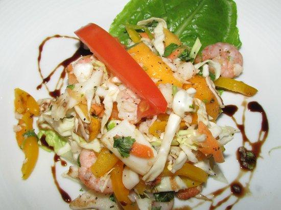 Sunset Royal Beach Resort: Squid shrimp and calamari daughter loved it