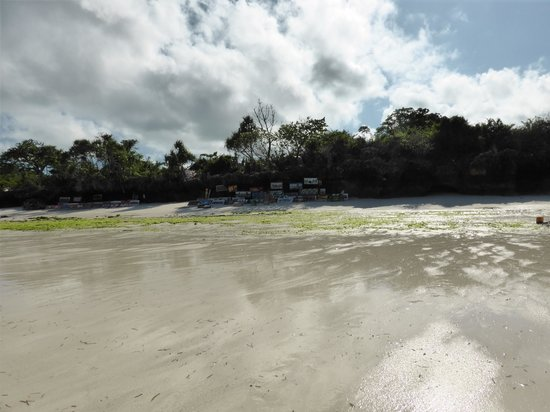 Sunset Beach Resort Zanzibar: Spiaggia lucidata a cera