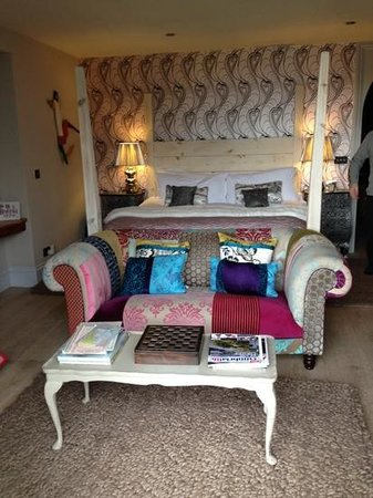 Randy Pike: just gorgeous bedroom and bed!