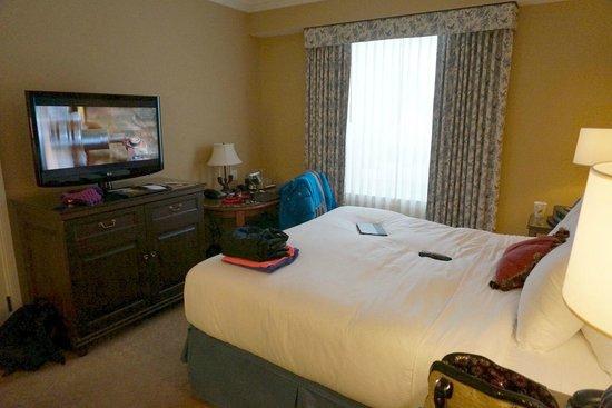 Fairmont Chateau Lake Louise: room 730