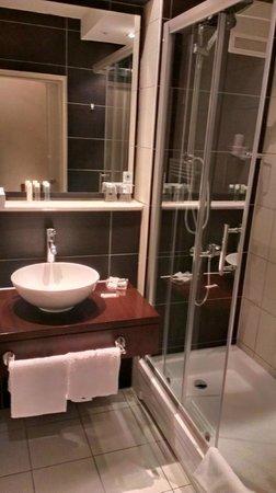 Hotel Am Hopfensee: Ванная комната