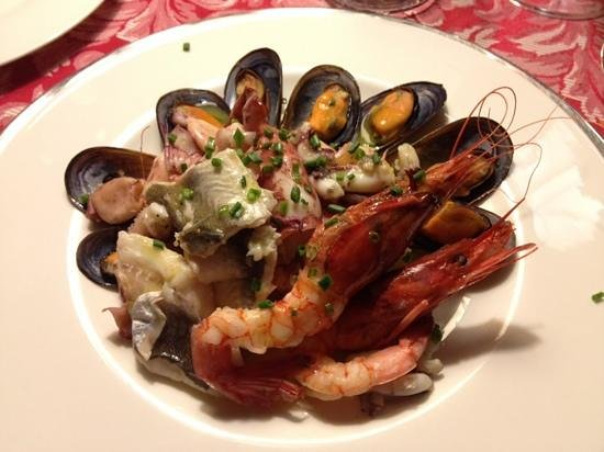 Le Cicale in Citta': mixed seafood platter... simple yet delicious