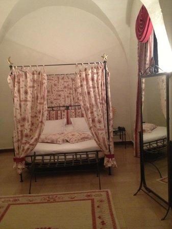 Chateau Chapeau Cornu : hemelbed