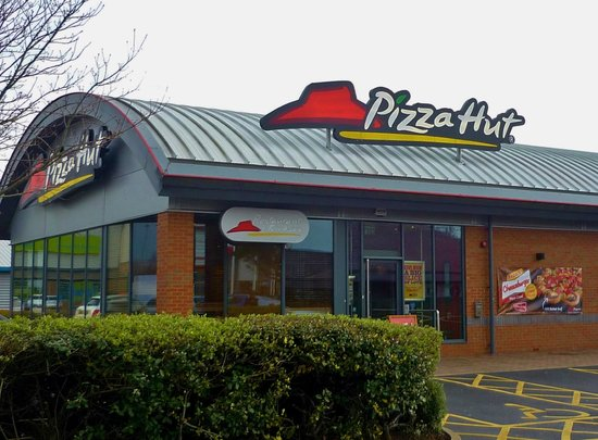 Pizza Hut Bromborough 51 The Croft Retail Leisure Park