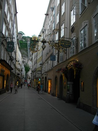 Salzburger Altstadt : calle tìpica