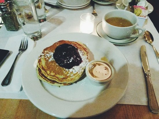 Clinton St. Baking Company & Restaurant : Best pancakes in town
