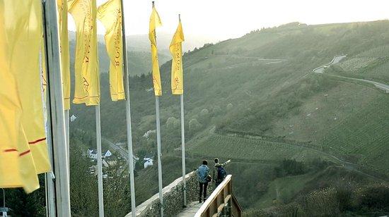Schloss Rheinfels: hills