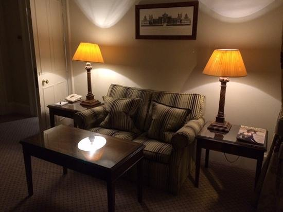 Macdonald Randolph Hotel: a place in our suite to relax