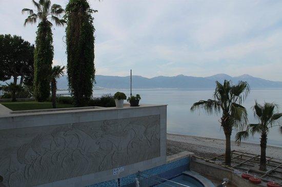 Coastlight Hotel: Vista da varanda do restaurante.