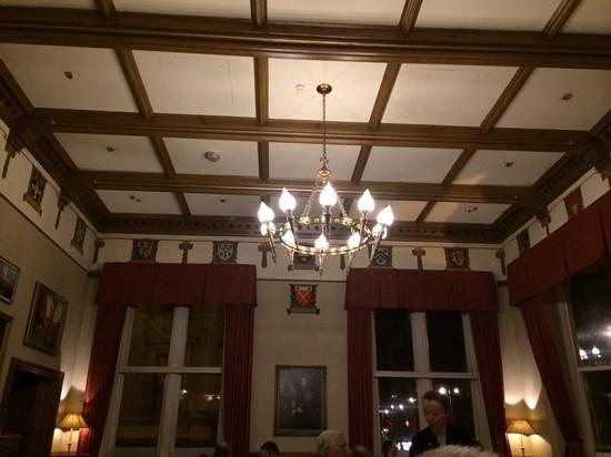 Macdonald Randolph Hotel: Dining room