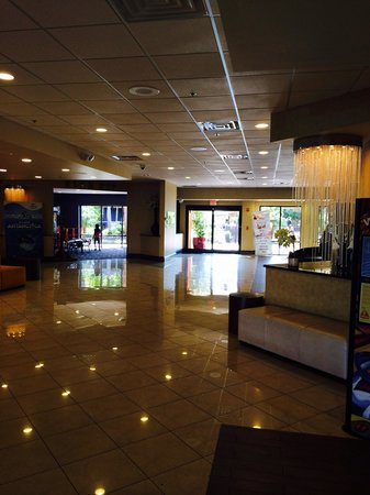 Coco Key Hotel and Water Park Resort: Lobby