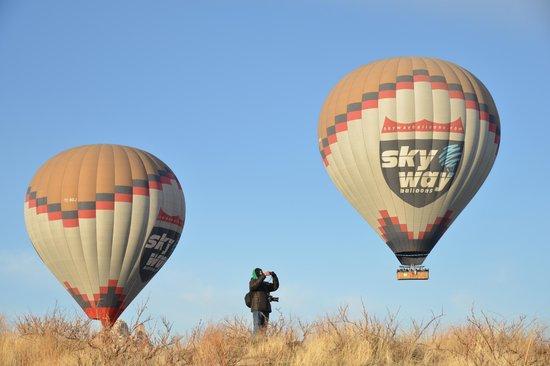 Cappadocia Voyager Balloons: At the same level