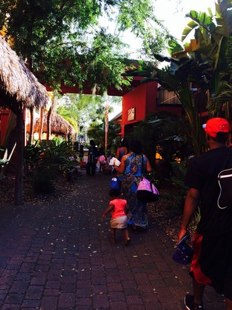 Coco Key Hotel and Water Park Resort: Headed to the room