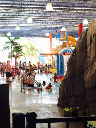 Coco Key Hotel and Water Park Resort: Water Area