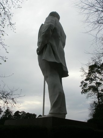 Sam Houston Statue