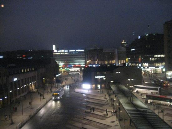 Holiday Inn Helsinki City Centre : Night View from Room