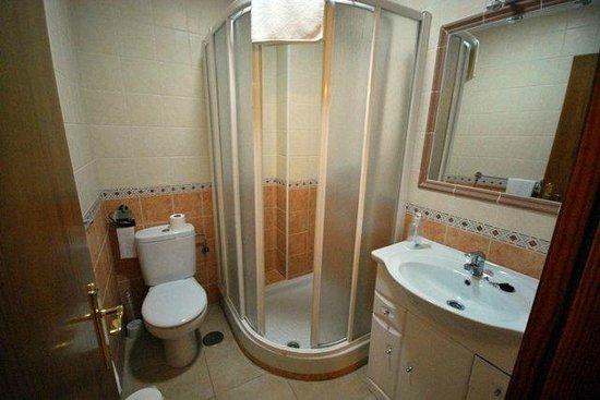 Apartamentos Centurion: Baño