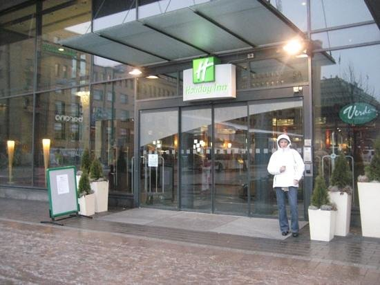 Holiday Inn Helsinki City Centre: Hotel Entrance