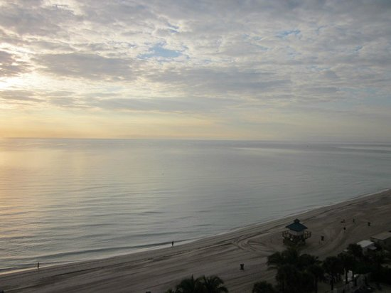 Marenas Beach Resort: View of ocean and beach at dawn from 1001B