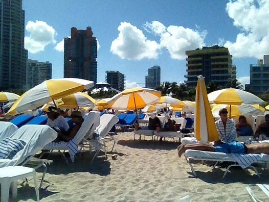 Four Seasons Hotel Miami: Miami Beach (Off site - Bentley Beach Club)
